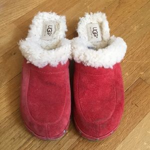 Ugg Shearling 5426 lined clogs size 6